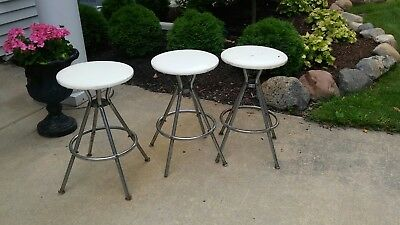 "3 VINTAGE MID CENTURY MODERN CHROME SWIVEL BAR KITCHEN STOOLS 24.5"" tall MICH"