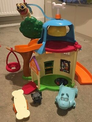 Disney Junior Puppy Dog Pals Dog House Playset Used In Great