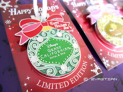 Disney Resorts Happy Holidays 2018 Pin Chip & Dale GCH LE 2000 Ornament