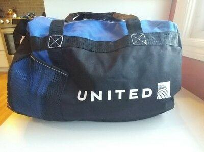 United Airlines Continental gym bag/carry-on sized Duffel Bag soft strong fabric