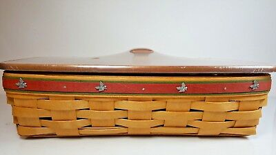 2006 Longaberger Bread Basket with Holly Tacks & Rich Brown Wood Lid