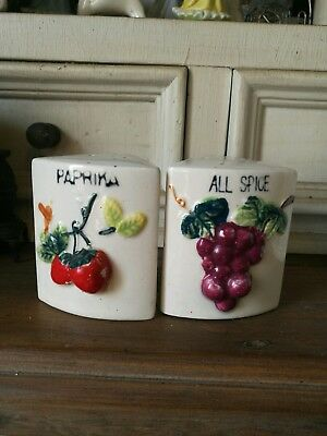 Vintage Salt And Pepper Shakers. Paprika And All Spice.