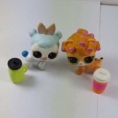 2pcs LOL SURPRISE PETS KittyDoll Kitty Cat Curlers & White Bunny Doll W/ Bottles