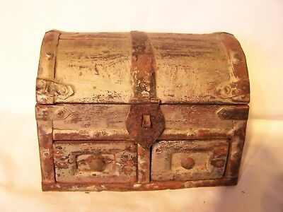 Vintage Antique Box Trunk Chest Timber Wooden Jewelry Box Storage
