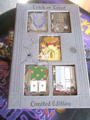 Disney Haunting Halloween 2018 Trick or Treat Pin Box Collection LE 1000