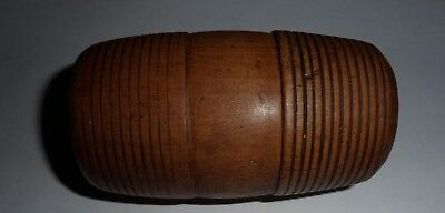 Vintage treen  barrel  box in very good used condition.