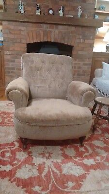 Antique Victorian Buttoned Upholstered Armchair Excellent Condition