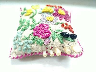 Vintage Antique Hand Sewn Embroidered Needlepoint Sewing Pin Cushion with pins