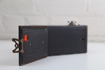 Antique Box Brownie No. 2 Model F Camera ~ Full working order