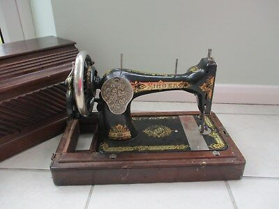 Antique Singer Sewing Machine 1908 With Case and Key Collectable Vintage Old