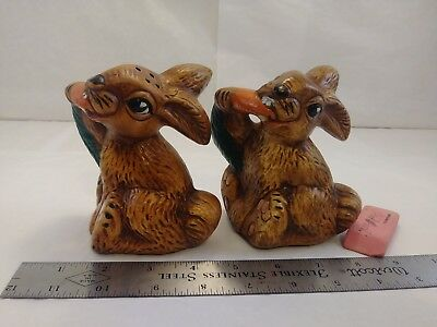 Vintage LARGE Bunny Rabbit Carrot Salt And Pepper Shakers