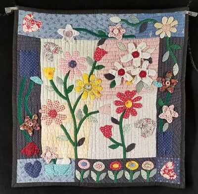 """Signed Hand Stitched Quilted Applique Wall Hanging Flower Fabric Art 28""""x27"""" EXC"""