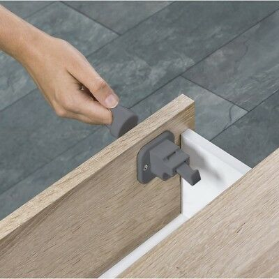 Fred Invisible Magnetic Lock - Dark Grey