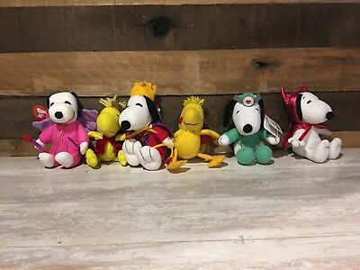 PEANUTS Charles Schulz Snoopy Plush Lot of 6 VALENTINES DAY