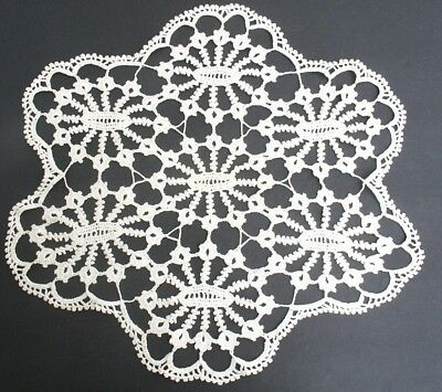 "13"" x 14"" Antique/Vintage CREAM/IVORY COLORED Lace Doily - SOFT!"