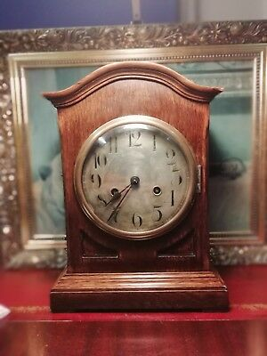 Large Vintage Mantle Clock. Working order.