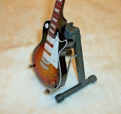 Miniature 1:6 Doll Figure Scale Deluxe Model Electric Guitar Display Stand
