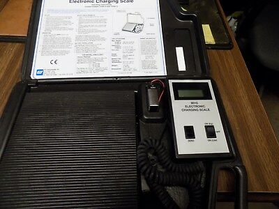 Tif Instruments TIF9010 Electronic Refrigerant Charging Scale used