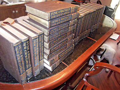 Vintage Funk and Wagnalls New Encyclopedia Set 1972 1-27 Gold guilted top end
