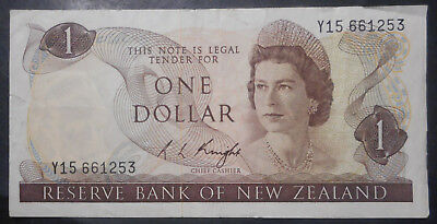 New Zealand  1975 - 77  $1 Knight   circulated Y15 778870
