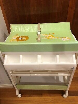 Love n Care Baby Changing Table and Bath, excellent condition