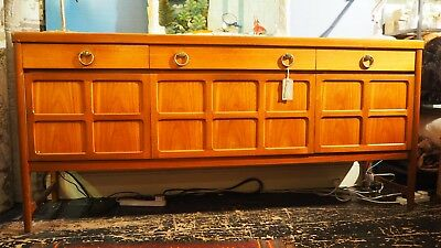 Vintage Retro Mid-Century British Teak Sideboard / Cocktail Cabinet from Nathan