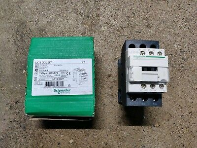 Schneider Electric TeSys Contactor - 15kW/50A, 230V Coil, 3 Pole (LC1D32U7)