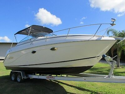Rinker 270 Fiesta Vee  / low hours/ *NO RESERVE*
