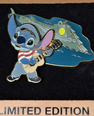 WDW Gold Card STITCH Ned Land 20,000 LEAGUES UNDER THE SEA Disney LE Pin 69018