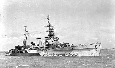 ROYAL NAVY LIGHT CRUISER HMS EMERALD IN THE SOLENT c 1930