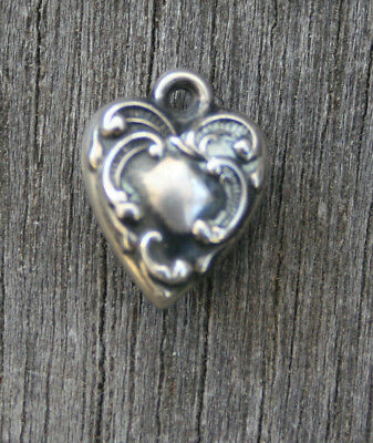 VINTAGE STERLING SMALL PUFFY HEART CHARM - Swirls & Lines Border on Both Sides
