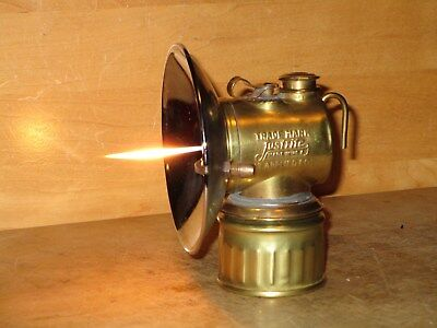 """Miners JUSTRITE """"PAT.APPLIED FOR""""  CARBIDE LAMP = Working!"""