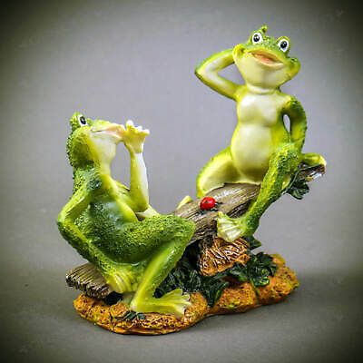 Cute Couple Frogs on Wood Figurine Statue Garden Decor Home Collectible