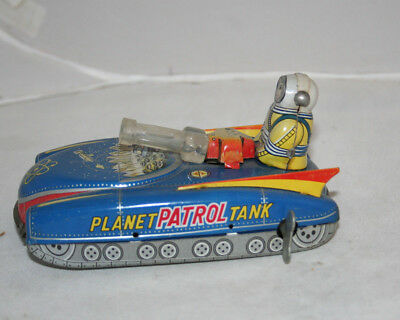 VINTAGE SUPER RARE WIND UP VERSION PLANET PATROL TANK - YANOMAN - JAPAN 1960s