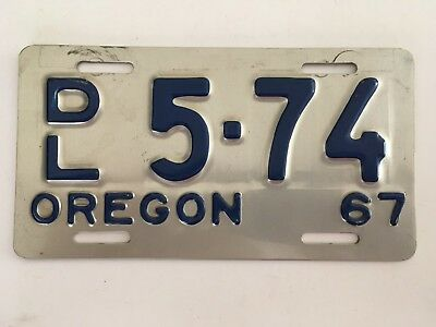 """1967 Oregon Motorcycle DEALER License Plate """"VERY GOOD"""" NICE!! Rare Year/Type"""