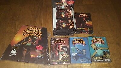 Tomb Raider Lara Croft Boosterpacks Sammelkarten komplettes Display