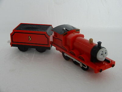 "Thomas The Tank Engine Tomy/trackmaster ""james & Tender"" Gc"