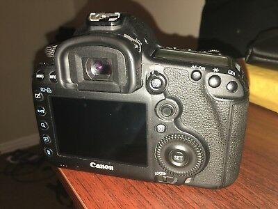 Canon EOS 5D Mark III 22.3MP Digital SLR Camera - Black (Body with 4 Batteries)