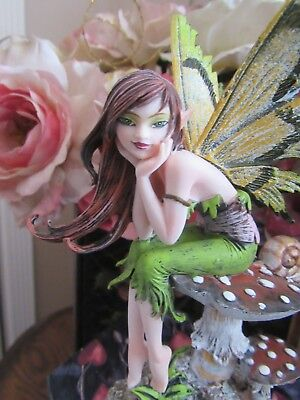Amy Brown Thinking of you Fairy Figurine New but tip of back wing is broken off