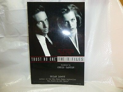 Trust No One X-Files by Brian Lowry, The Official 3rd Season Guide, New
