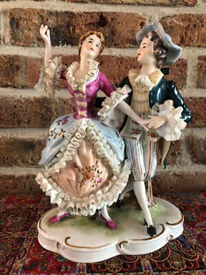 Vintage Capodimonte Figurines, Man with Woman , Very good Condition
