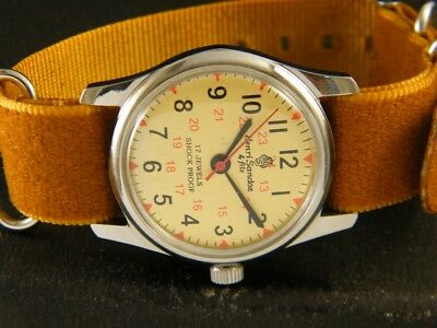 VINTAGE HAND-WINDING SWISS MADE WRIST WATCH 148-a113481-4