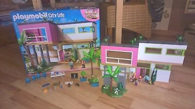 PLAYMOBIL 5574+5586 CITY Life Moderne Luxusvilla ...