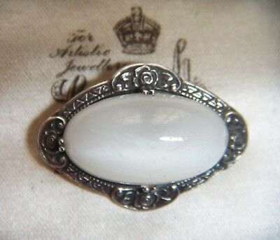 Gorgeous Vintage ANTIQUE SOLID STERLING SILVER Moonstone Glass PIN BROOCH