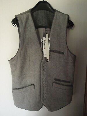 Mens Waistcoat Grey Size M NEW with tags