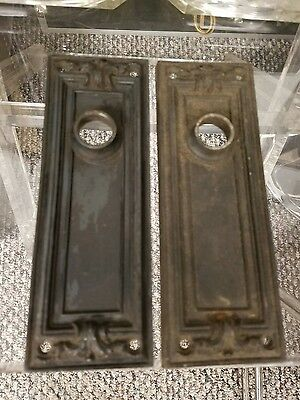 RARE 2 Gothic Design ANTIQUE CAST IRON DOOR KNOB BACK PLATES RUSSWIN Ceres #941
