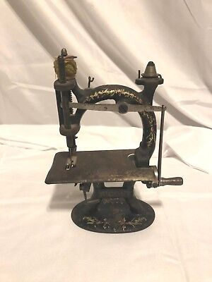 Vintage Victorian Antique Cast Iron MIDGET Toy Mini Sewing Machine AWESOME
