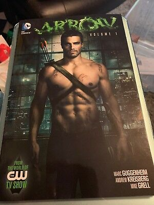 DC Comics. Arrow Vol 1. New Book