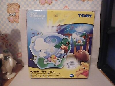 TOMY Disney Winnie The Pooh Moonlight Dreamshow Projector Voice Activated Light