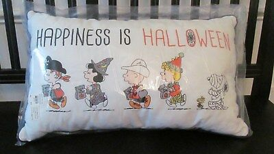 Pottery Barn Kids Peanuts HAPPINESS IS HALLOWEEN Lumbar Pillow, NEW